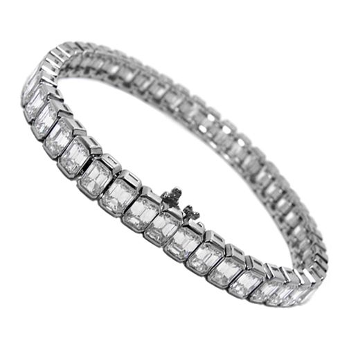 Platinum Sapphire And Diamond Bracelet Bulgari Set With 12 Oval Shaped Sapphires Weighing Approximately 47 85 Carats Framed Sapphire Bracelet Jewels Jewelry