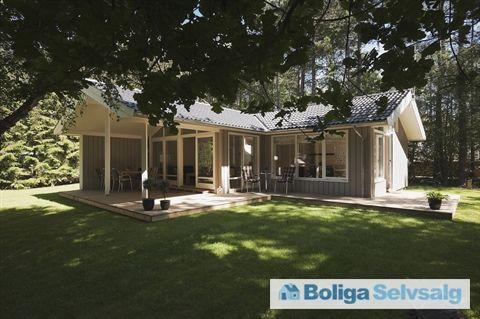 Mogens Heeringsvej 54, 4560 Vig - Nybygget bolig i skoven, 3 min til vandet, sidste hus før stranden #vig #fritidshus #boligsalg #selvsalg