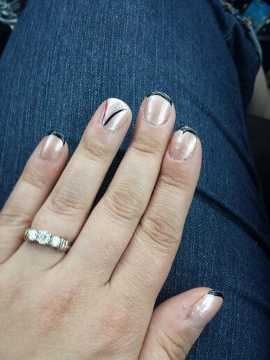 Diy nail art french tip