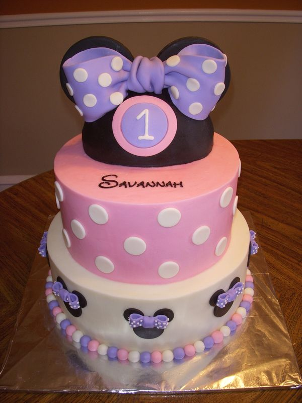 10 Cutest Minnie Mouse Cakes Mouse cake Minnie mouse and Mice