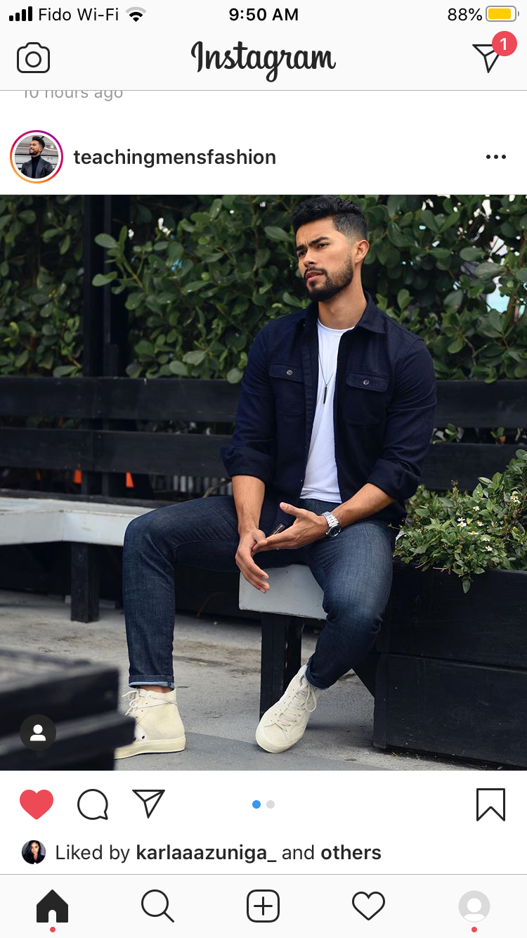 Pin By Pablo On Poses In 2020 Mens Outfits Mens Fashion Casual Senior Photo Poses [ 1334 x 750 Pixel ]