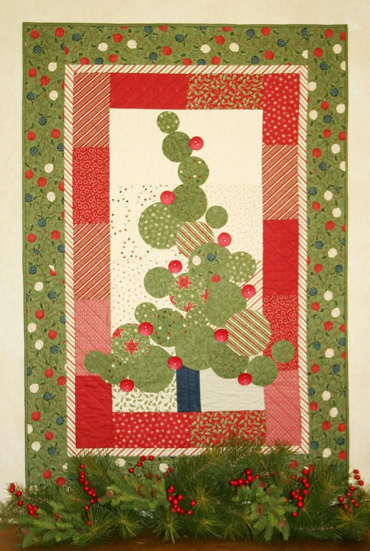 Rockefeller Rival Christmas Applique Christmas Tree