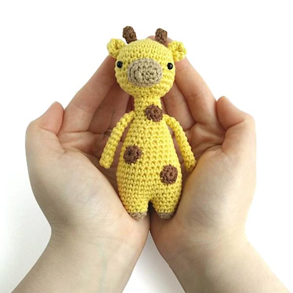 Amigurumi Mini Giraf Haakpatroon Door Craft And Creative Crochet