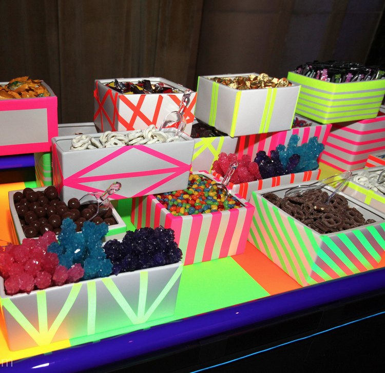 neon candy bar let s party pinterest rh pinterest com neon candy table ideas Neon Glow Party