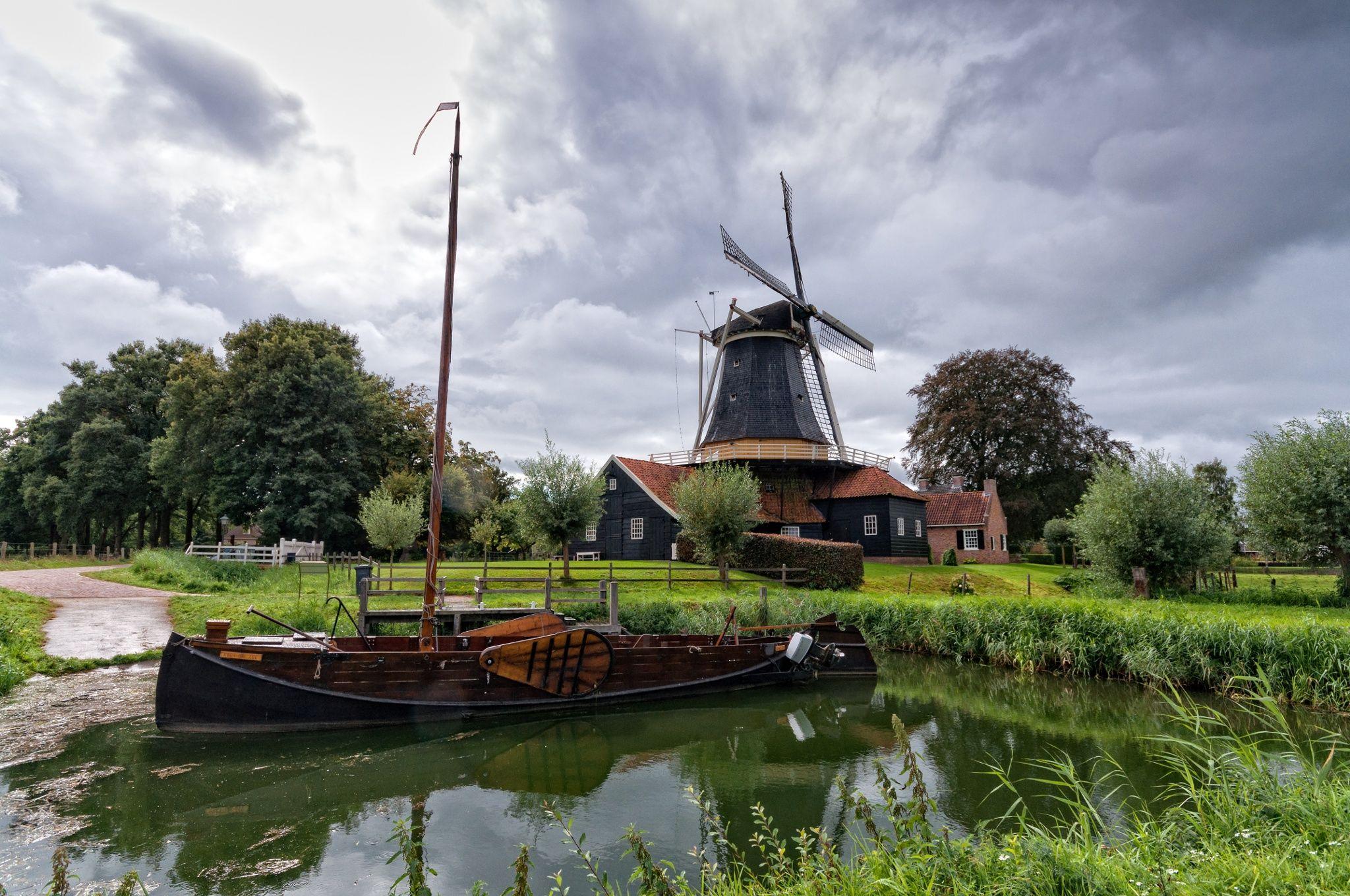 Zomp en Pelmolen in Rijssen by Johan Wieland on 500px