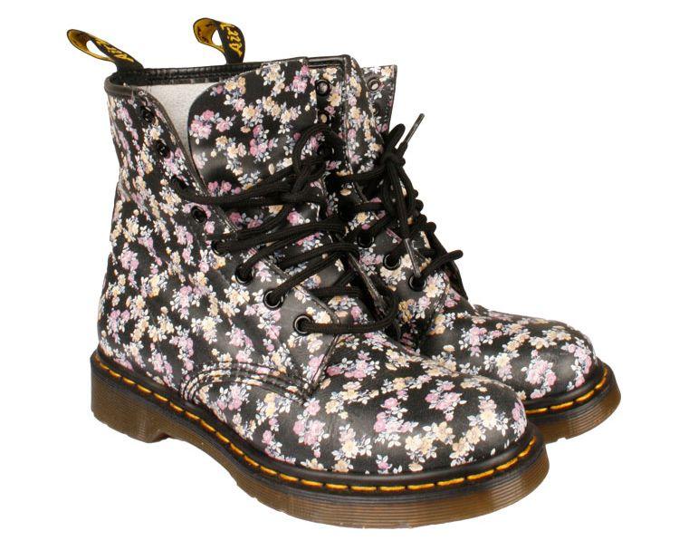 ba8f5b63 Botas Dr Martens de flores Dr Martens 48.00€   zapatos   Botas dr ...