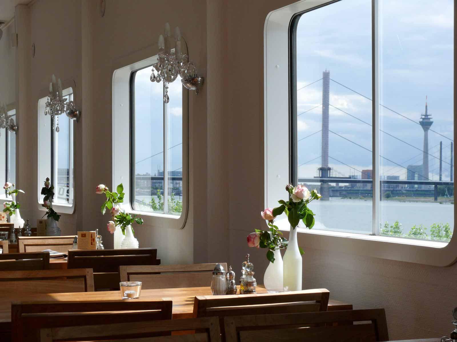Restaurant Rhein Dusseldorf Canoo Club Dusseldorf Restaurant Rheine