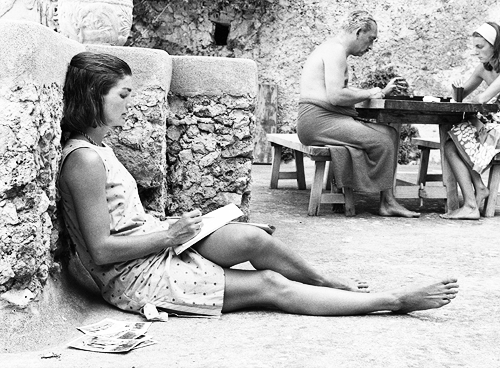 Jackie O relaxed in Greece#Repin By:Pinterest++ for iPad#