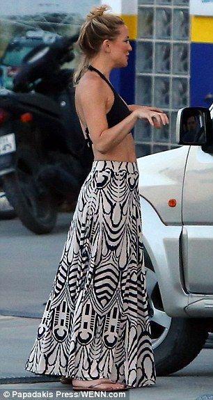30e8410525 Kate Hudson showcases her incredible figure in two tiny bikinis