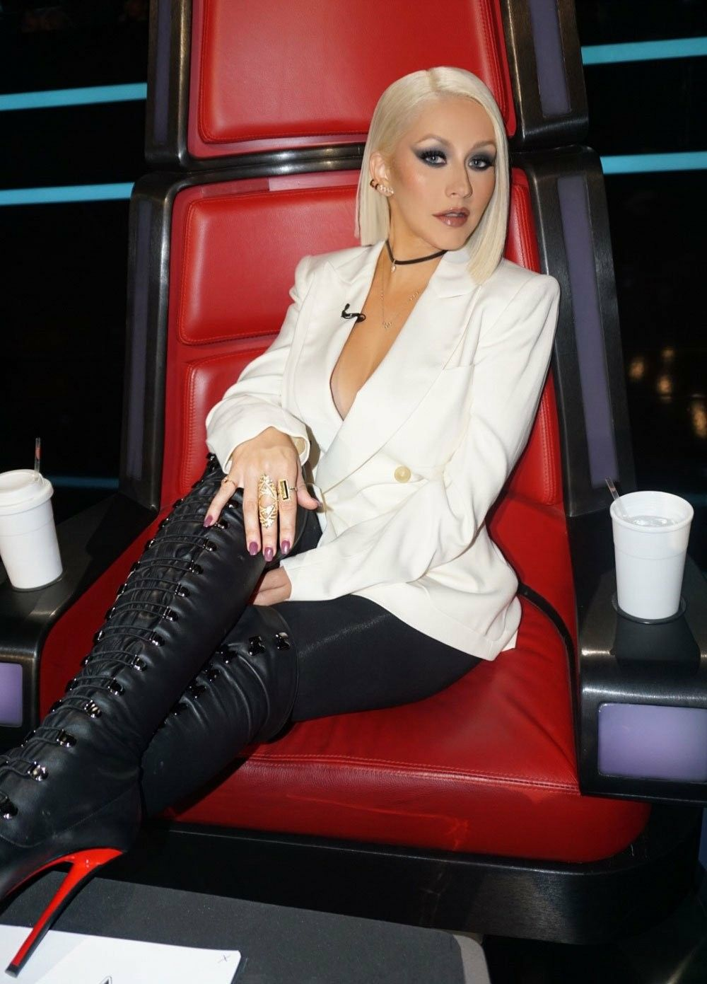 Pin by Tray on that's good   Christina aguilera, Fashion