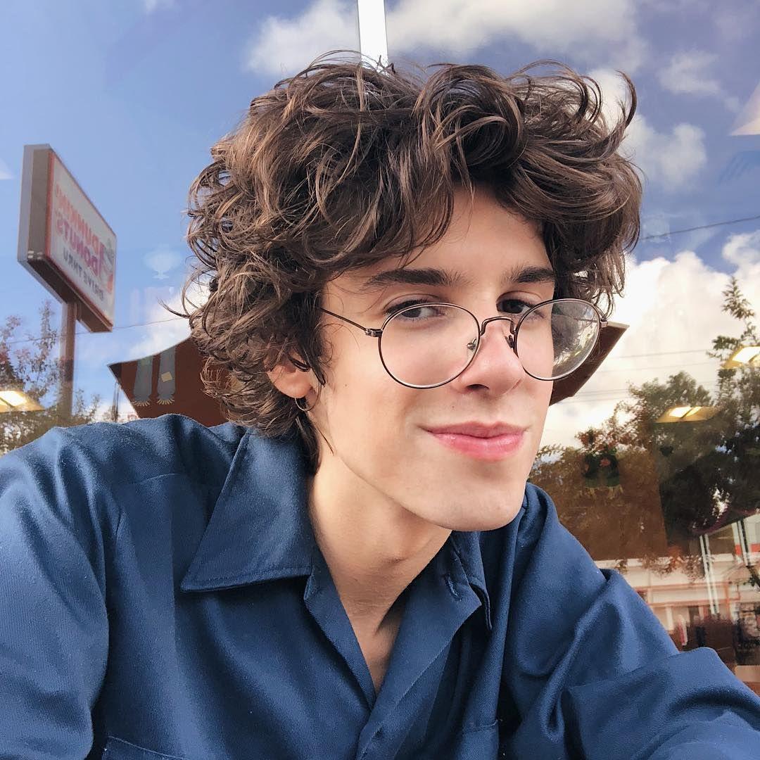 Connor Wheatley In 2020 Boys Long Hairstyles Medium Curly Hair Styles Brown Hair Men