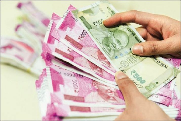 Rupee Gains 14 Paise To 73 33 Against Us Dollar In Dollar