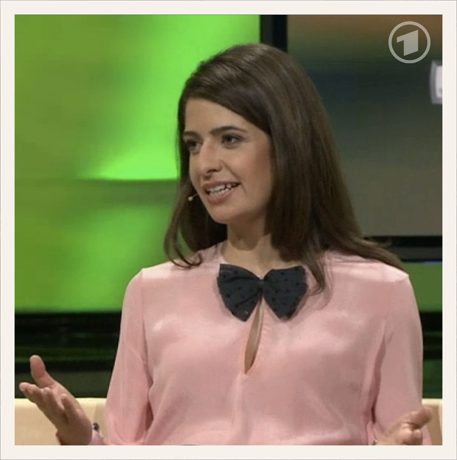 Just gorgeous! Linda Zervakis wearing our blouse in ARD