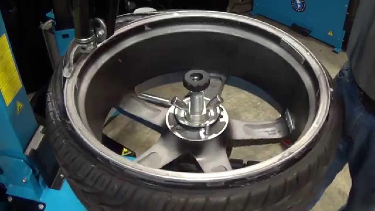 Http Www Gregsmithequipment Com Shop Tire Changers The Atlas Tc255 Tilt Back Tire Changer Features A Working Man S Ergonomic De With Images Run Flat Tire Tire Atlas
