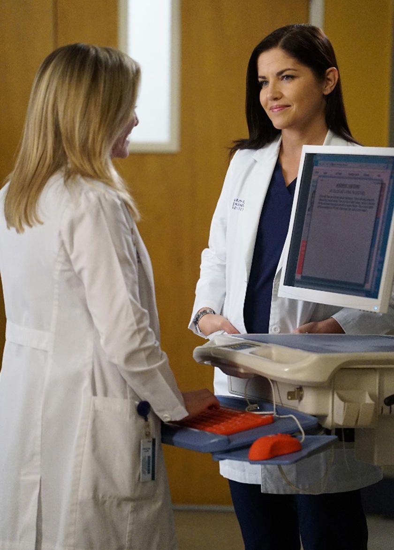 Grey\'s Anatomy: Minnick and Arizona Share a Secret | Pinterest
