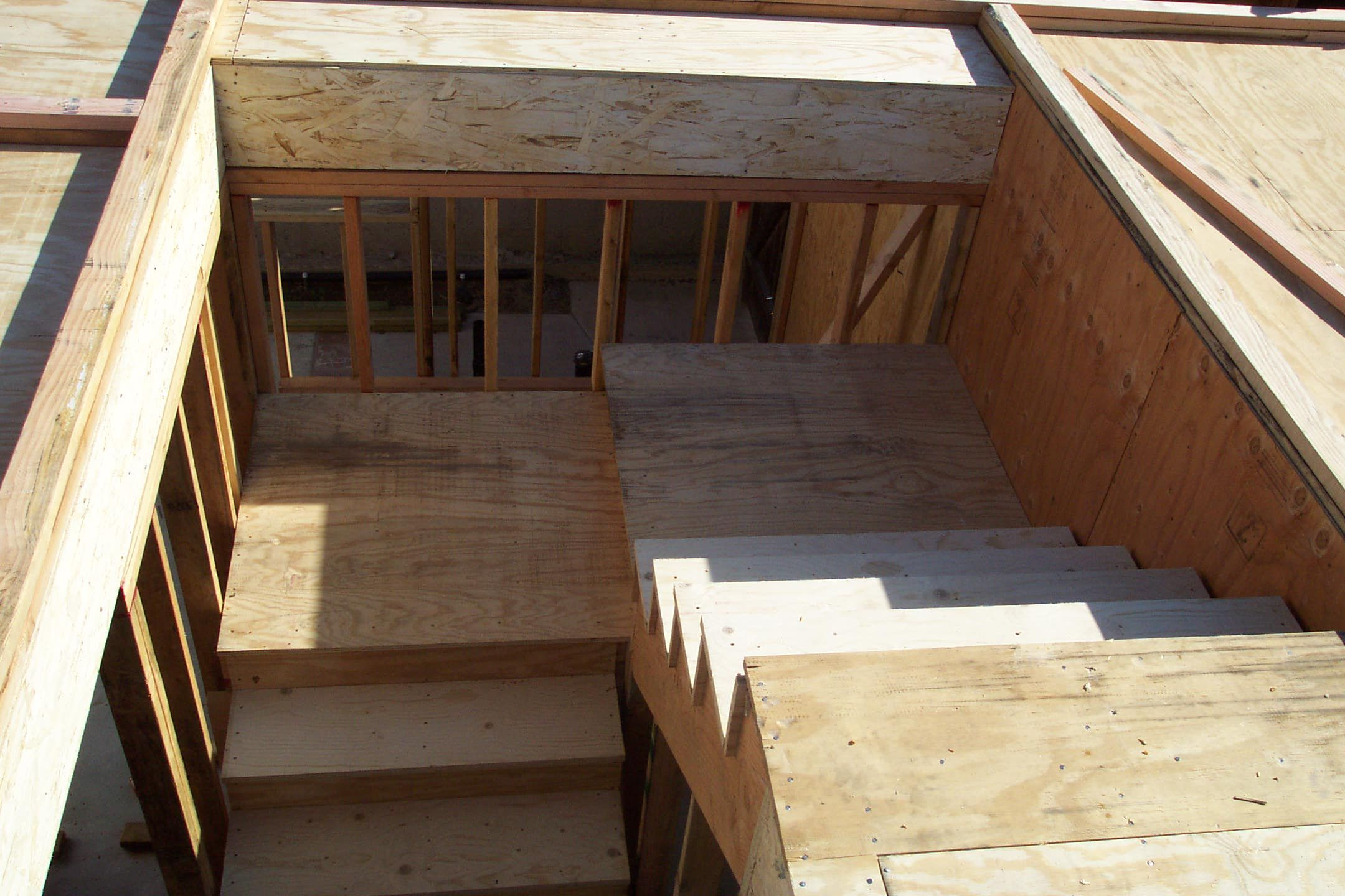 Split Landing With Plywood Sheathing Sheathing Plywood Stairs
