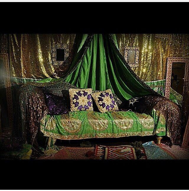 Beautiful Hanna night afghani decoration by arosidecor