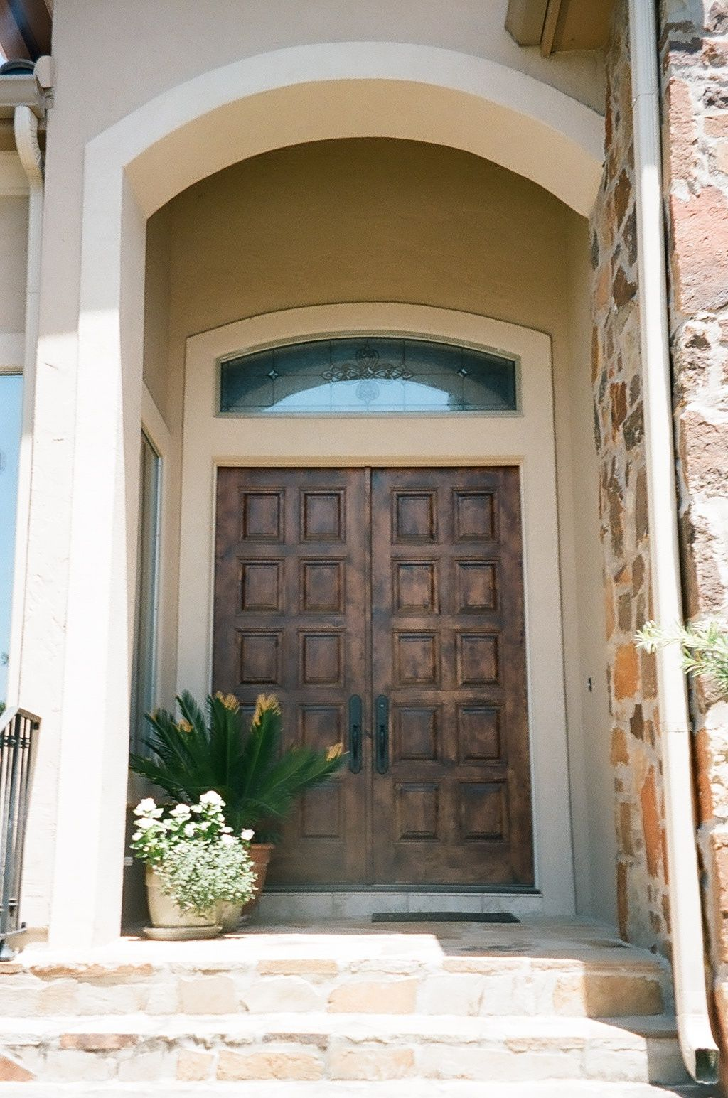 Rustic Wood Door 10 Panel Solid Wood Double Door That Will Stand Out From Other Boring Doors In The Neighborhood Rustic Wood Doors Rustic Wood Wood Doors