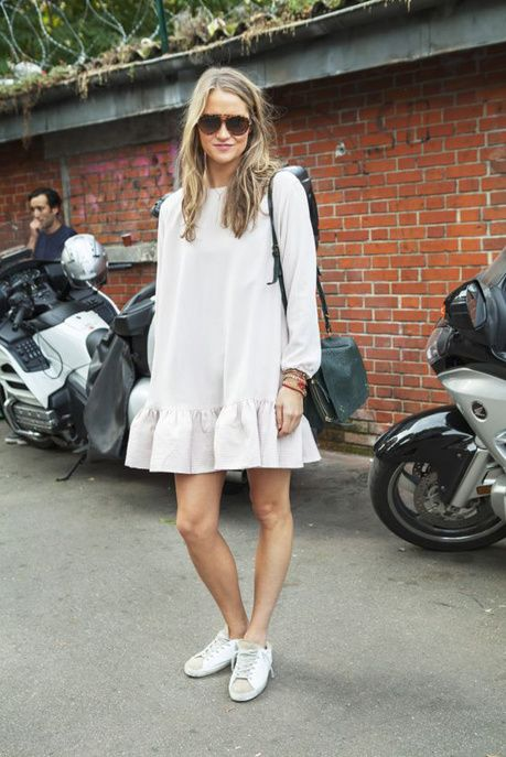 Une robe blanche patineuse