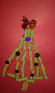 Els nostres moments a l'aula d'infantil: Postal árbol de Navidad