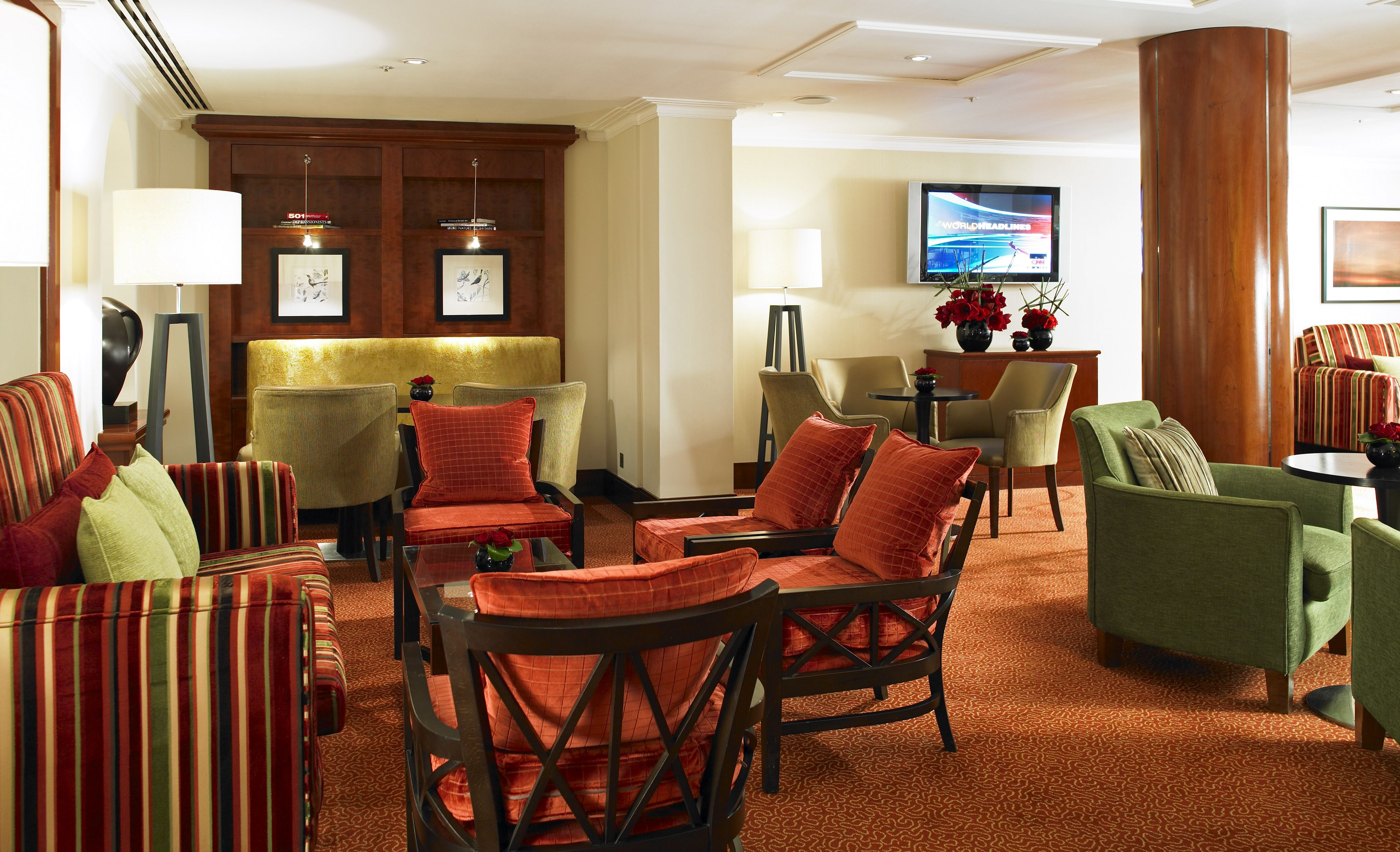 All of our Club rooms, Junior and Park Suites have access to our Executove Lounge which serves coplimentary breakfast and refreshments throughout the day.
