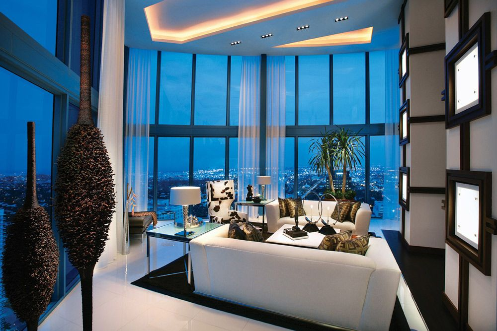 A home in the sky penthouses palm beach and modern for Palm beach home and design show