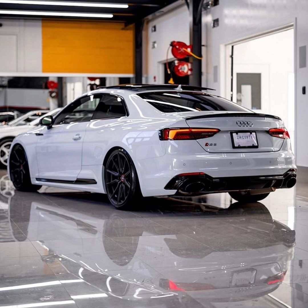Audi Quattro Club On Instagram White Audi Rs5 Coupe Follow Audiquattrolove For More Audis Photo By Audiproshot In 2020 Audi Rs5 Rs5 Coupe Audi S5 Sportback