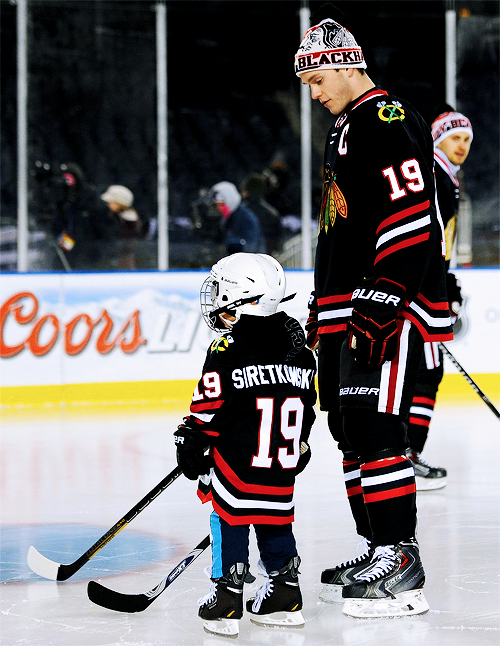 Toews And A Little Guy Can T Get Enough Of This So Sweet Blackhawks Hockey Chicago Blackhawks Hockey Jonathan Toews