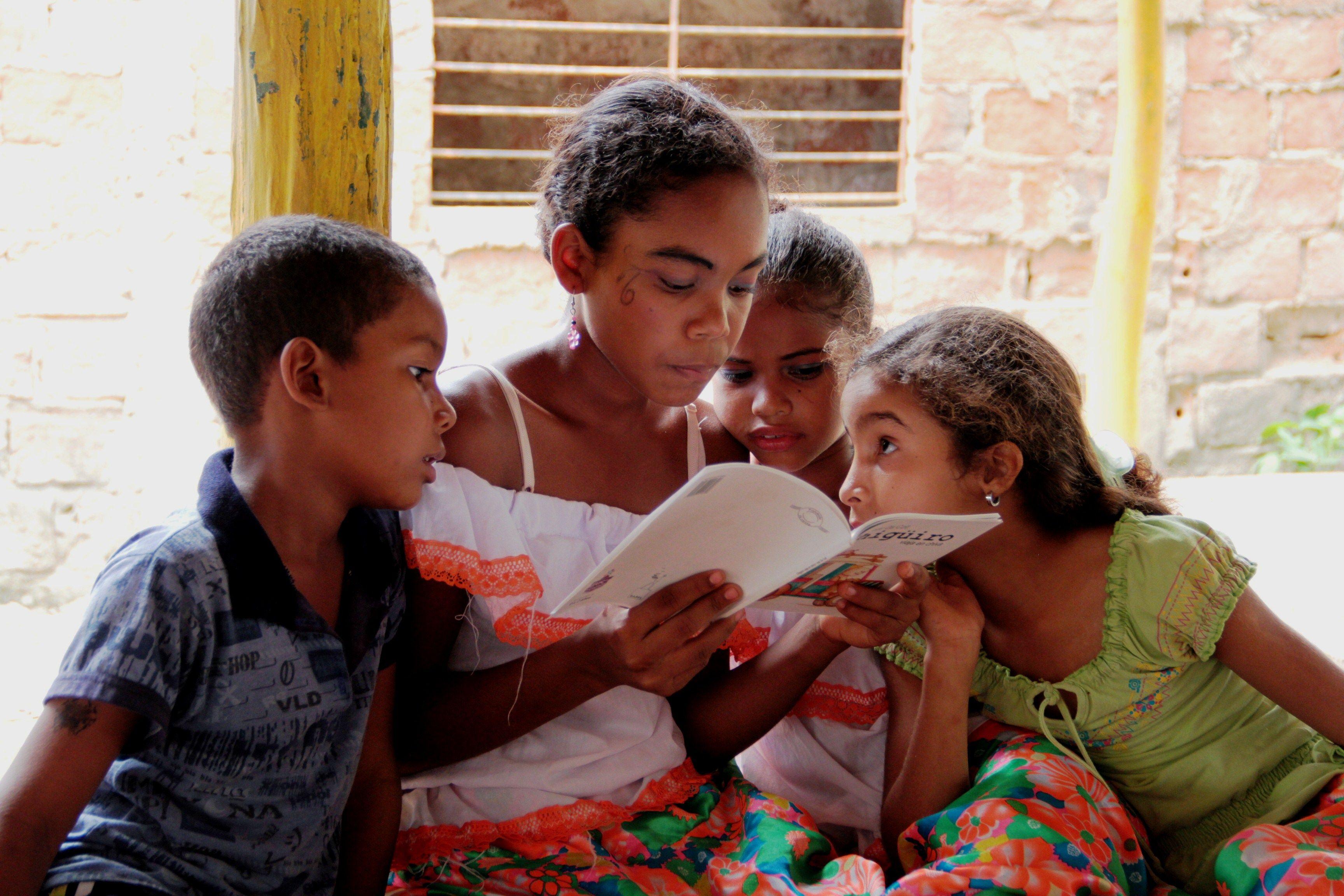 Los pequeños lectores de San Luis