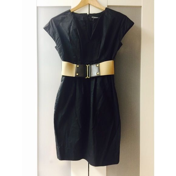 Ann Taylor PETITES Black Dress with Belt Ann Taylor PETITES black work dress with neutral belt; side pockets; zip back closure. Women's size 00 petite. Worn less than a handful of times; no wear, tears, or stains. Ann Taylor Dresses