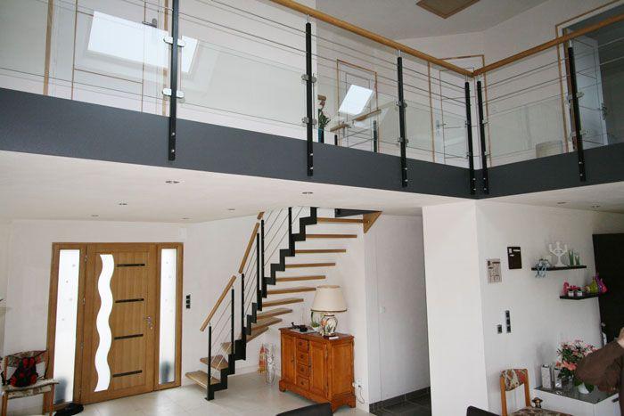 le lannic acier escalier moderne avec un limon cr maill re m tallique escaliers potier. Black Bedroom Furniture Sets. Home Design Ideas