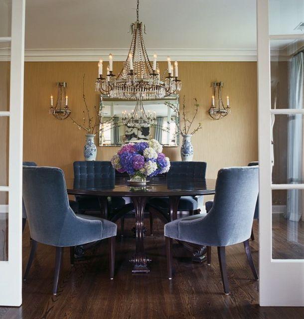 les 25 meilleures id es de la cat gorie chaises bleues sur pinterest velours bleu chaise de. Black Bedroom Furniture Sets. Home Design Ideas