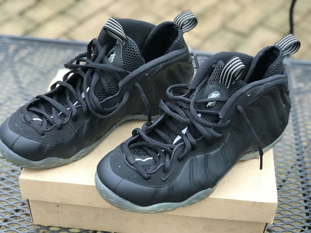 outlet store 1ddd8 3f334 Nike Air Foamposite One Black Black-Medium Grey Stealth (314996-010)