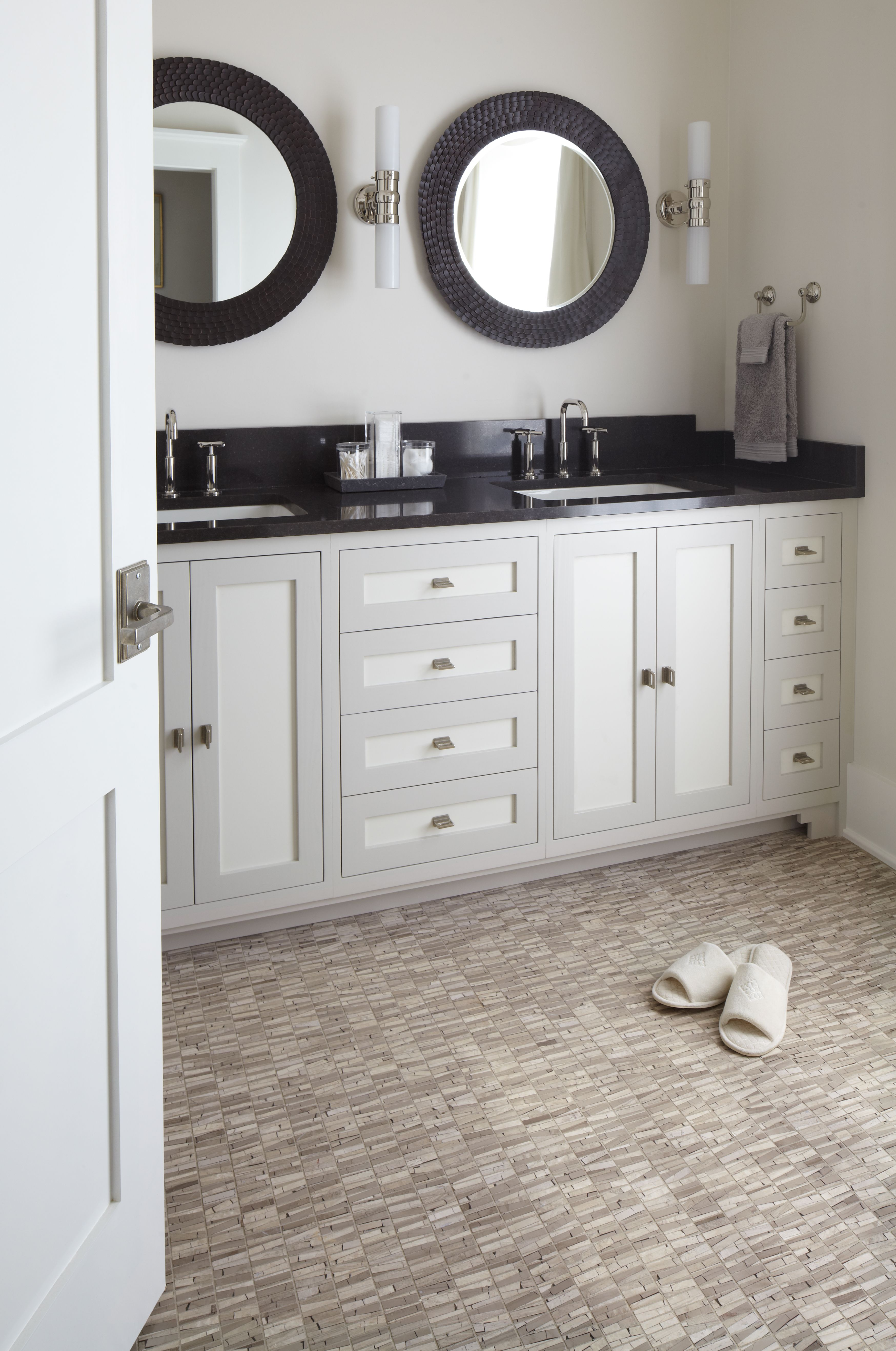 ANN SACKS Selvaggio athens mosaic in honed finish (shown in ...