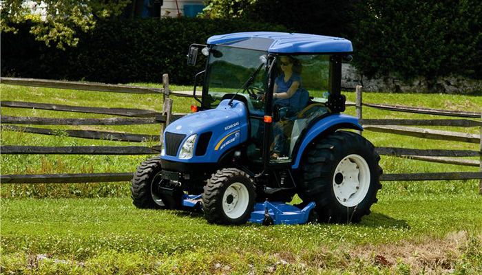 Compact Tractors And Commercial Mowers New Holland Boomer 3000 Series Models Technical Data And Characteristics Tractor Maquinas Agricolas Agricolas