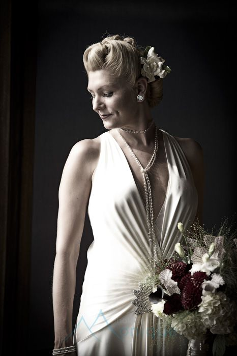#vintagewedding #laketahoewedding  © www.tahoeweddingphotojournalism.com Vintage 1930's bride  Lake Tahoe Wedding