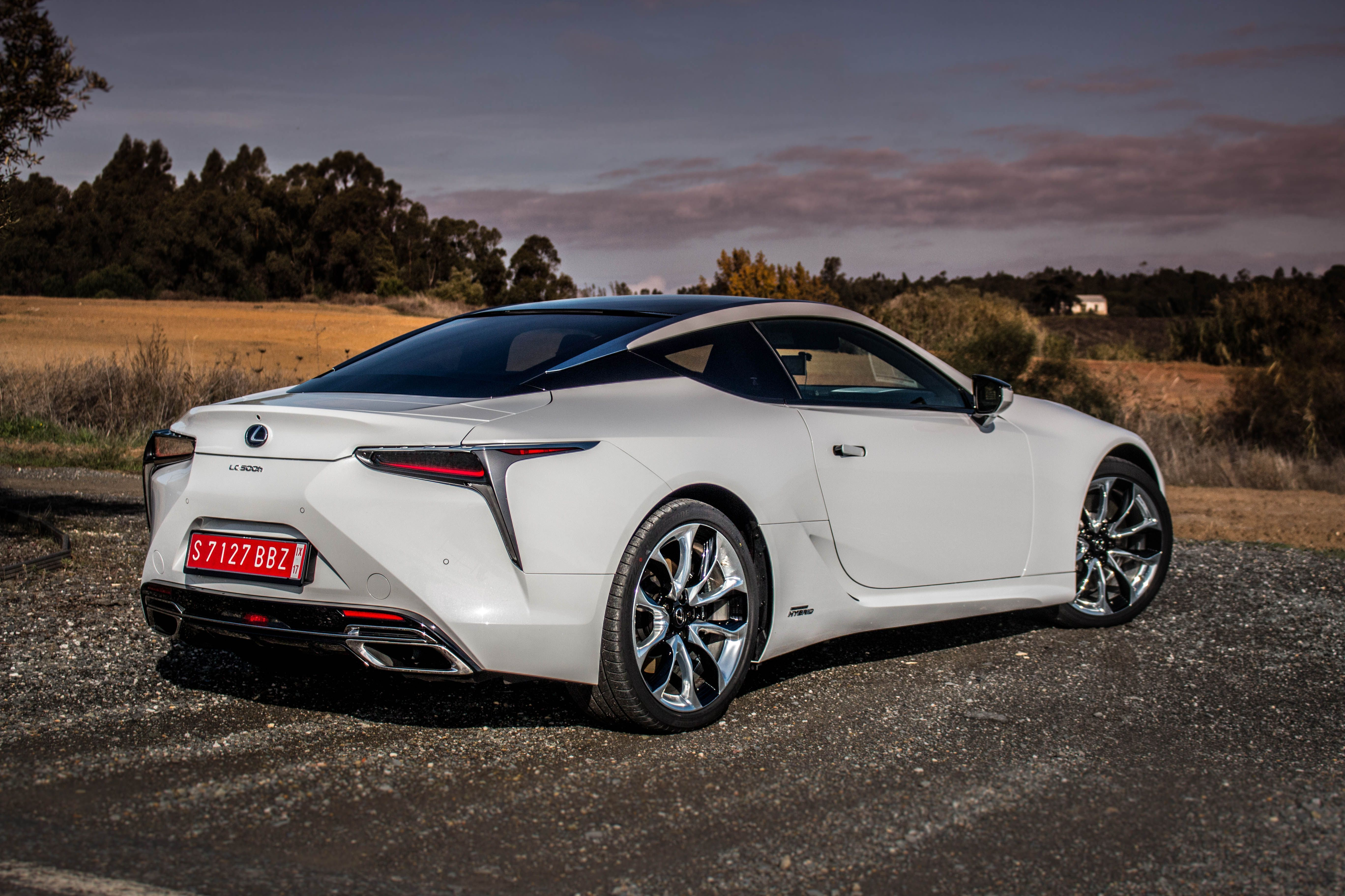 2018 Lexus Lc 500 New Flagship Coupe Is A Looker And Bona Fide Driver S Car Roadshow