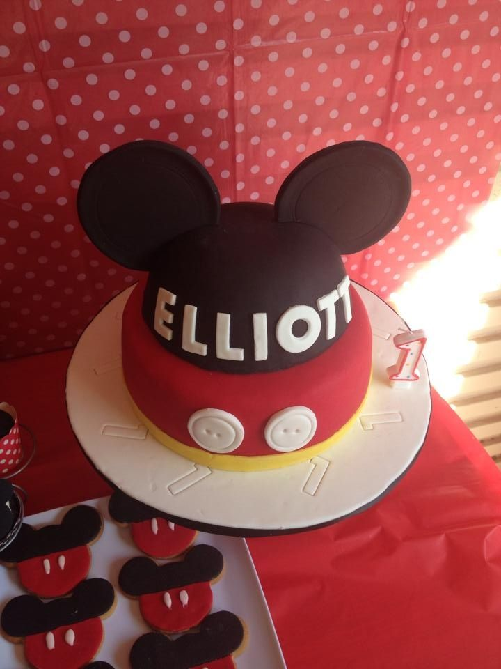 Elliotts mickey mouse cake mickey mouse cake mouse