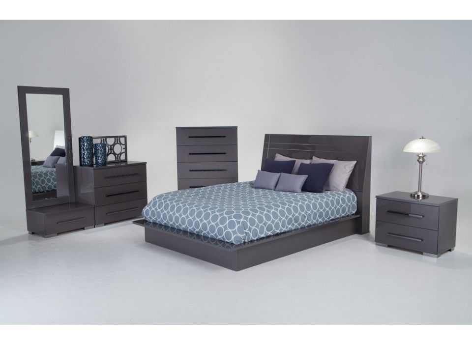 My Platinum 9 Piece Queen Bedroom Set Has All The Style And Glam Without  The Crazy Price Tag! The Platinum Finish And Platform Bed Make This  Contemporary ...
