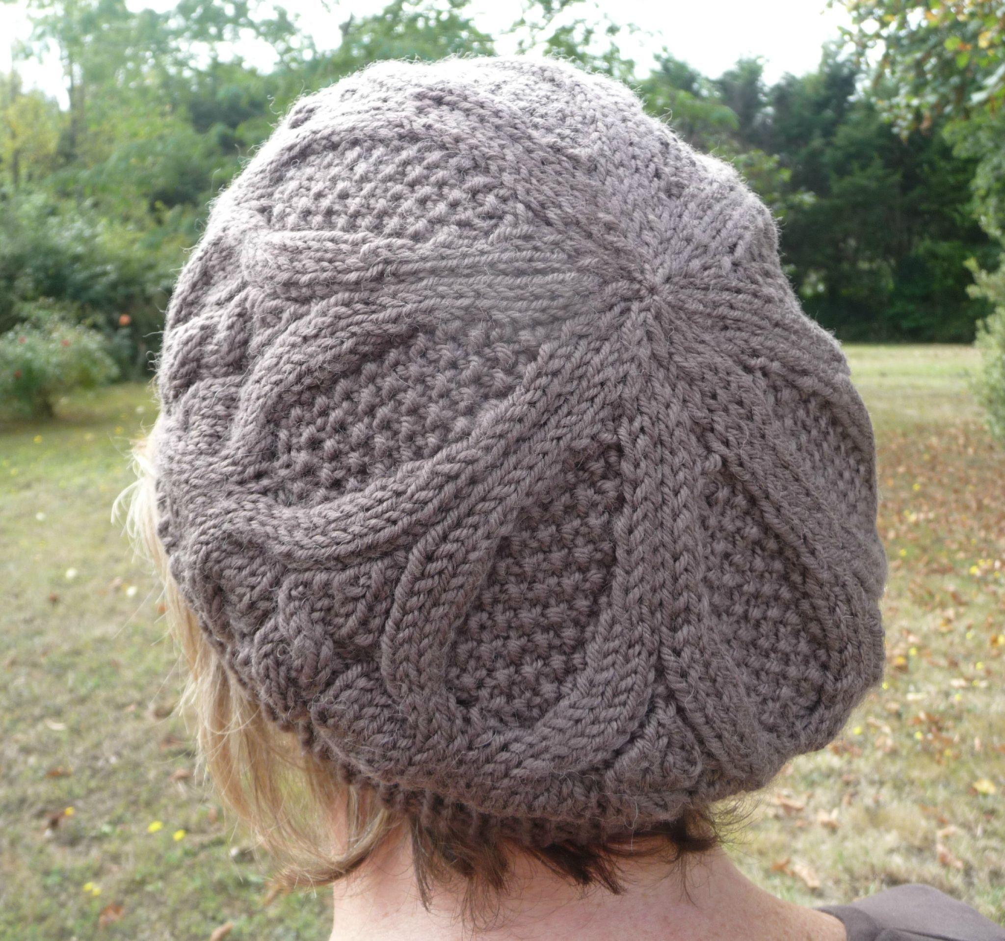 comment tricoter un beret   bonnet adulte   Beret, Knitting et ... 0ffcb03c230