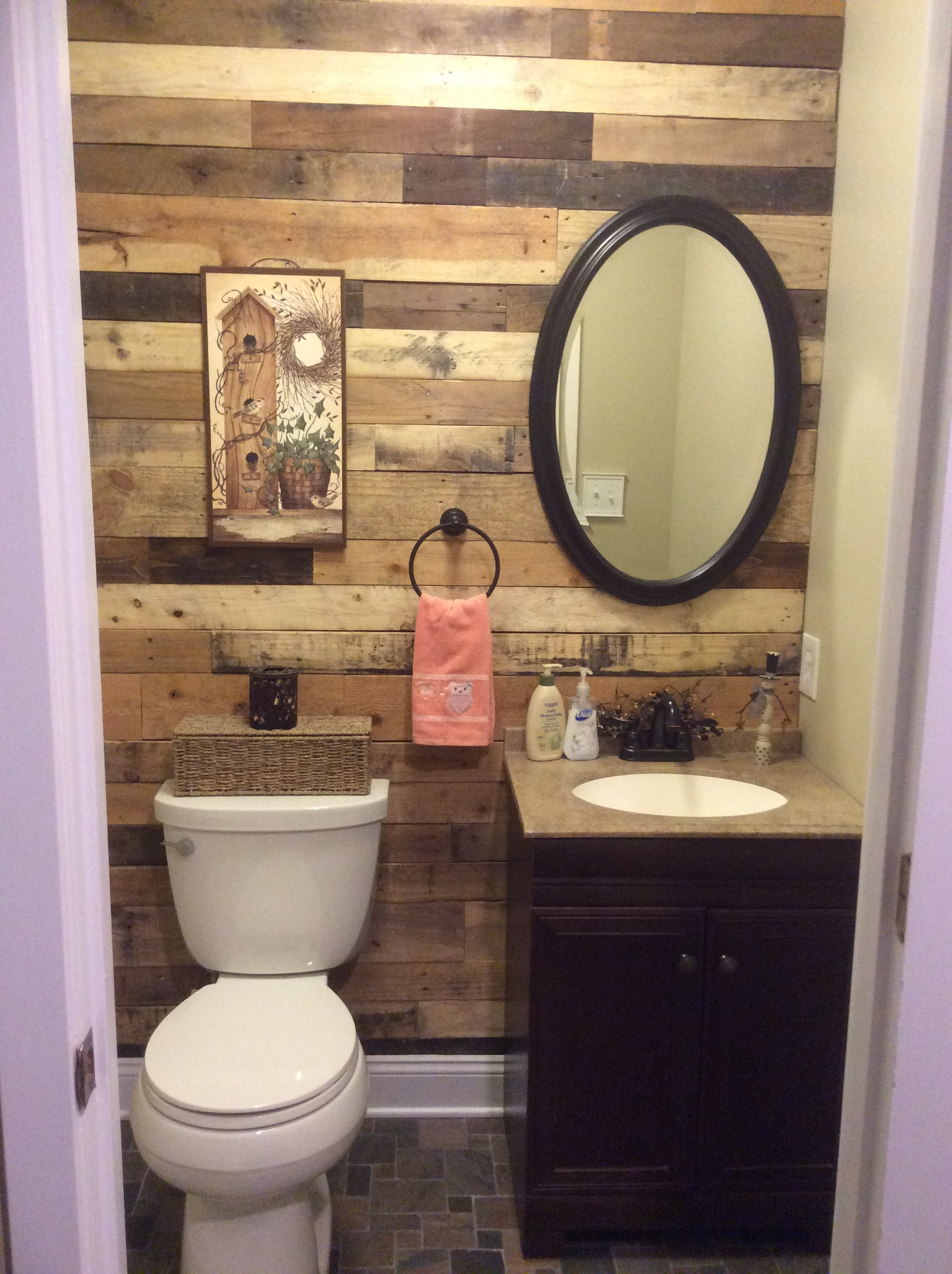 1 2 Bath With Pallet Wood Wall Small Half Bathrooms Pallet Wall Bathroom Bathroom Wall Tile