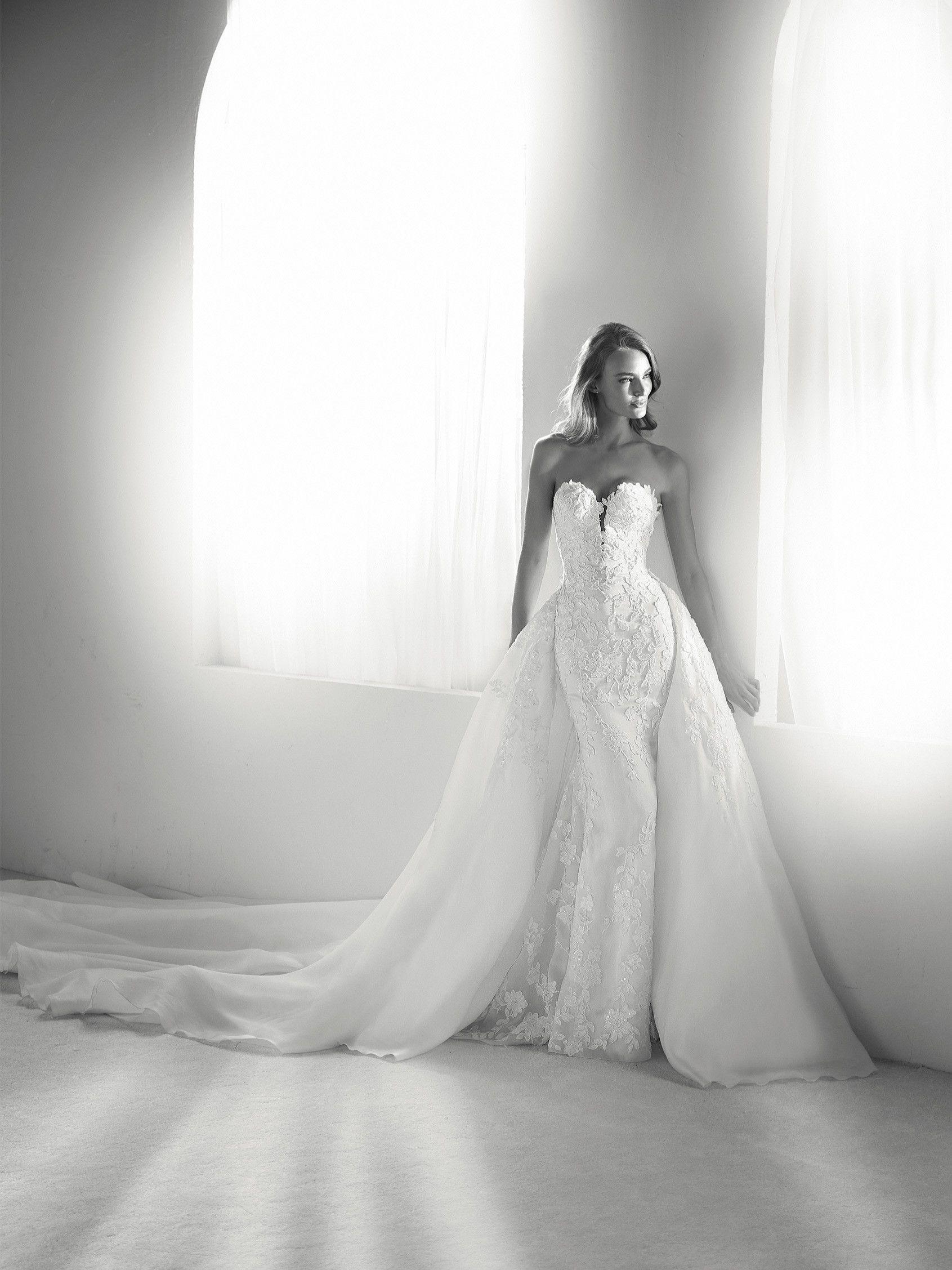 RODAS/ Pronovias Atelier 18  Vestido de noiva, Vestidos