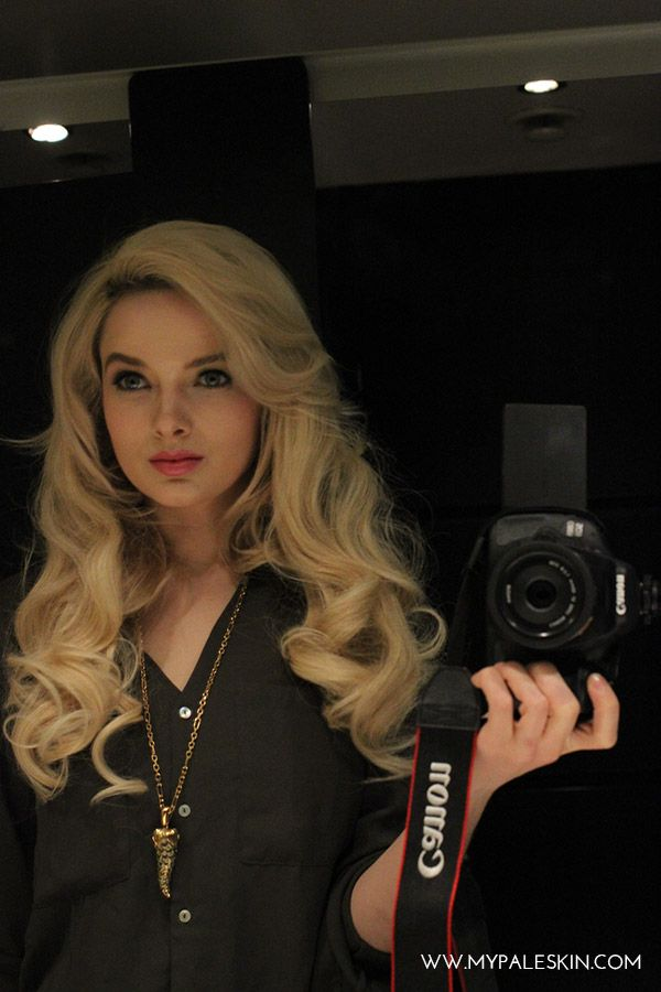 My Pale Skin Dirty Looks Hair Extensions In Paparazzi Blonde Full