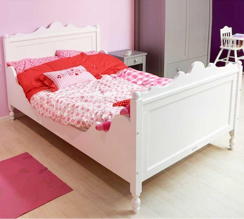 Bett 120×200 Weiß Holz Mit Schönen Schnitzereien Auf Kopfteil Aus .
