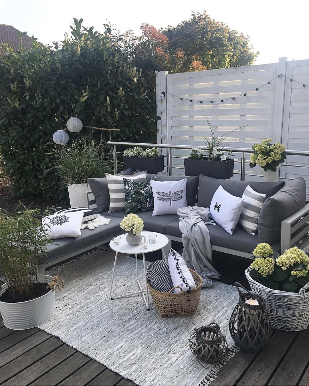 Cuscini Re Garden.Vibeke J Dyremyhr On Instagram Nice Outdoor Area Cred