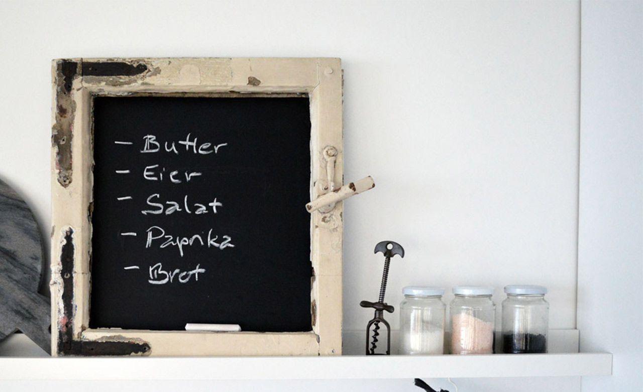DIY: Tafelboard aus alten Fensterrahmen | Chalkboard paint ...