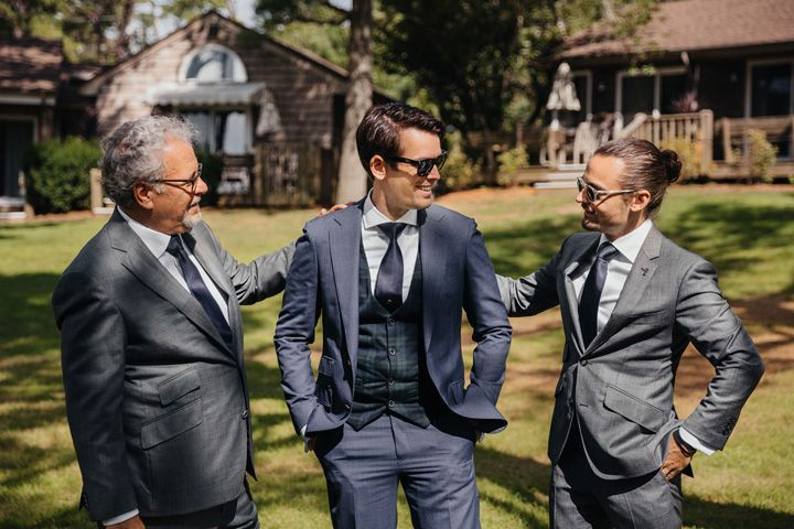 Groom and groomsmen | fabmood.com #wedding #backyardwedding #fallwedding #sunflowerthemed