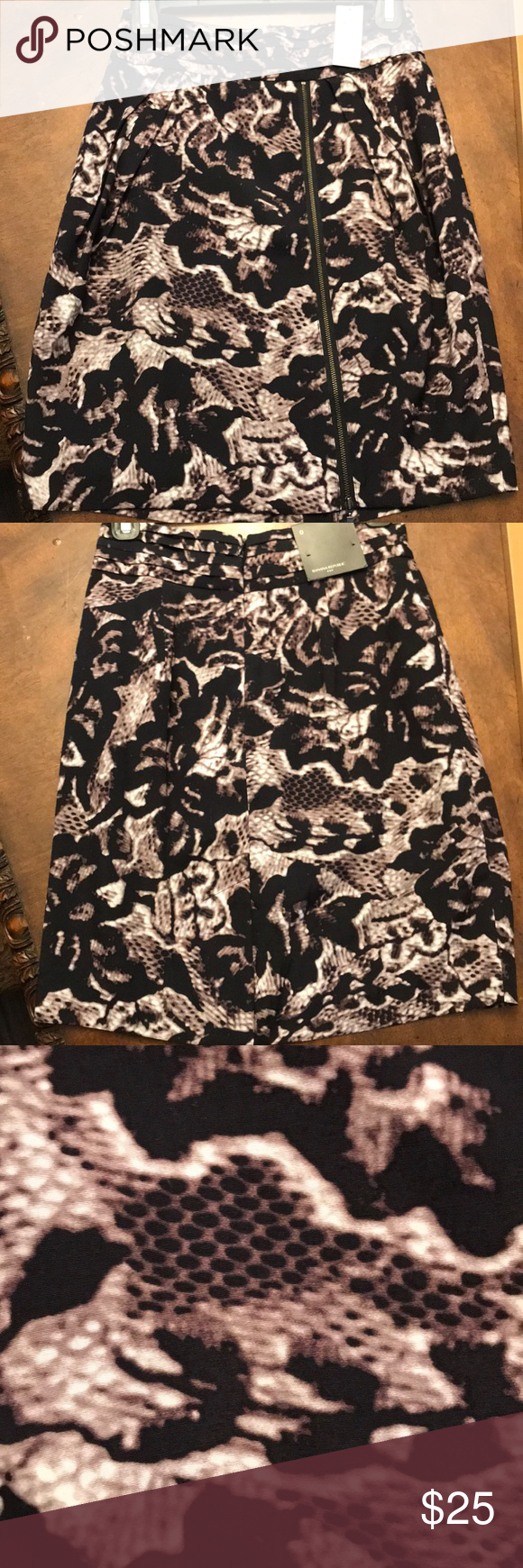 Banana Republic skirt Beautiful skirt with zipper.  Still has tags on. Banana Republic Skirts #myposhpicks