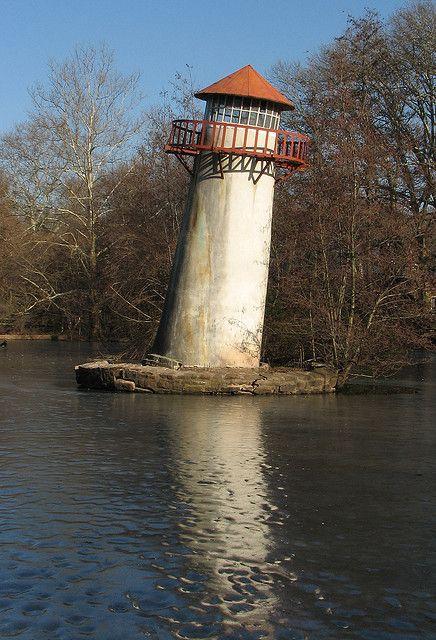 Pisan kalteva majakka? Ei ihan, mutta oi miten söpö! The Leaning Lighthouse of Limerick, Pennsylvania