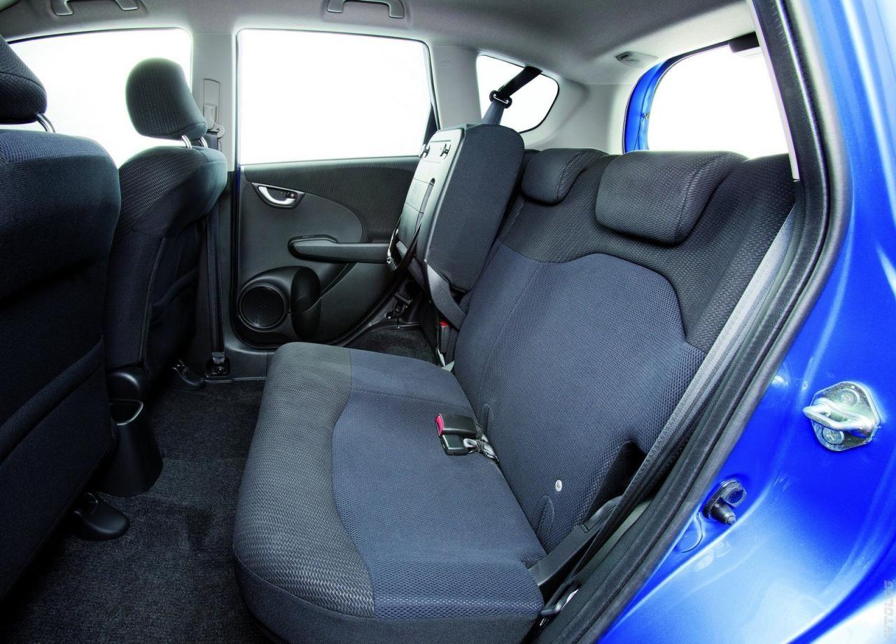Kelebihan Honda Jazz 2011 Murah Berkualitas